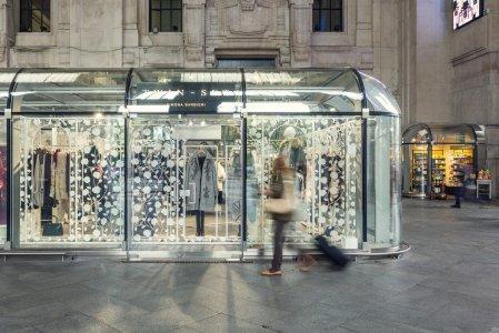 Del Conca und die Giugiaro Architektur im Hauptbahnhof von Mailand GALELRIA%20DELLE%20CARROZZE.JPG%20(6) - Ceramica del Conca