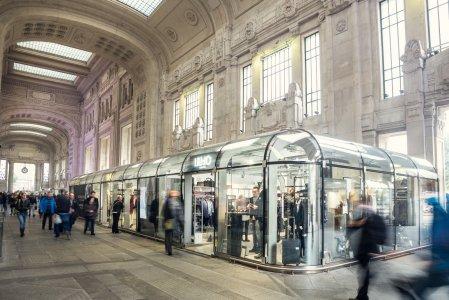Del Conca und die Giugiaro Architektur im Hauptbahnhof von Mailand GALELRIA%20DELLE%20CARROZZE.JPG%20(7) - Ceramica del Conca