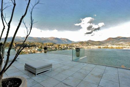 Un paradiso vista lago 41-1 - Ceramica del Conca