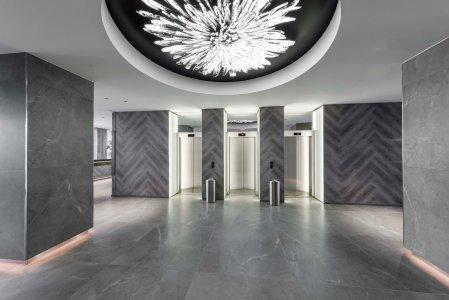 Eclettismo metropolitano per il nuovo hotel Tallink Tallink%20City%20Hotel_2021-06-15__MG_0129_Copyright-Tiit-Veermae - Ceramica del Conca