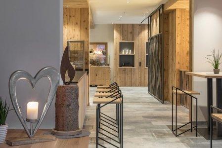 Le superfici Climb ai piedi della Plose hotel%20torgglerhof_bressanone%20(3) - Ceramica del Conca