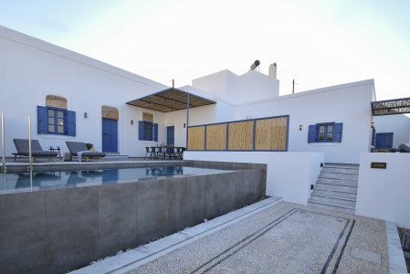 Vacanze di lusso al Kalathos Square Luxury Suites di Rodi general - Ceramica del Conca