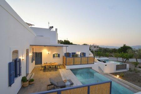 Vacanze di lusso al Kalathos Square Luxury Suites di Rodi sofia12 - Ceramica del Conca