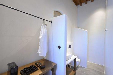 Vacanze di lusso al Kalathos Square Luxury Suites di Rodi sofia2-room3%20(3) - Ceramica del Conca