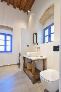 Vacanze di lusso al Kalathos Square Luxury Suites di Rodi sofia2-room3%20(5) - Ceramica del Conca