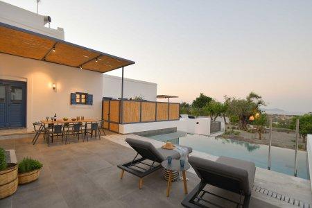 Vacanze di lusso al Kalathos Square Luxury Suites di Rodi sofia5 - Ceramica del Conca