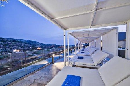 Del Conca in the Sky Lounge and Pool of the Luna Holiday Complex, in Malta 154764318-1 - Ceramica del Conca
