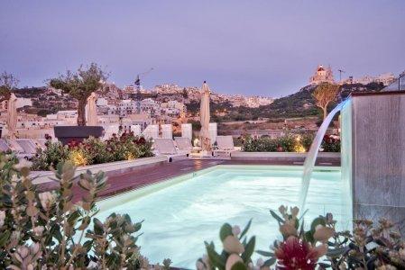 Del Conca in the Sky Lounge and Pool of the Luna Holiday Complex, in Malta 154764345 - Ceramica del Conca