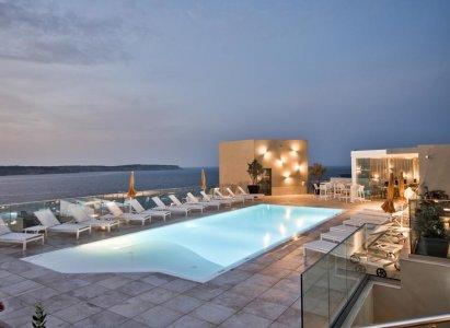 Del Conca in the Sky Lounge and Pool of the Luna Holiday Complex, in Malta 154767229 - Ceramica del Conca