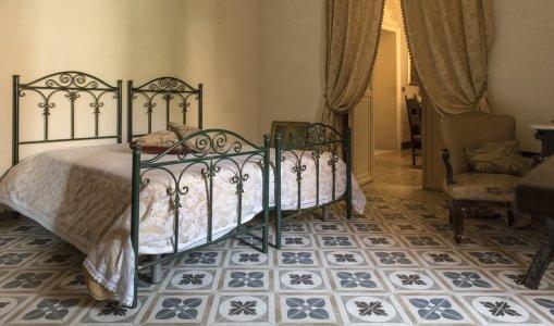 London cementine decorates gaetani counts palace in naro PALAZZO%20GAETANI_NARO%20(16) - Ceramica del Conca