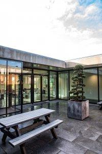 Il design protagonista nella nuova sede di Hofman Animal Care in Olanda BW%20HR%20Reggetegels%20Animal%20Care-5862 - Ceramica del Conca