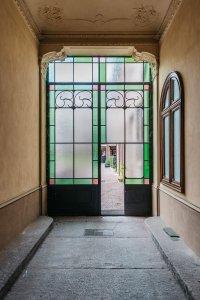 Nuova vita per la casa delle caramelle preferite da Camillo Benso conte di Cavour palazzo-pastiglie-leone-gallery-04 - Ceramica del Conca