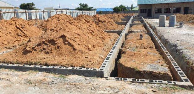Scuola elementare a Mitengo, Zambia, 2019/2020 costruzionemitengo%20school%20delconca%20(5)-min - Ceramica del Conca