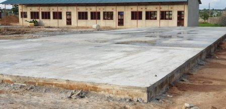 Scuola elementare a Mitengo, Zambia, 2019/2020 costruzione%20mitengo%20school_delconca%20(6)-min - Ceramica del Conca