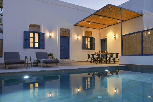 Vacanze di lusso al Kalathos Square Luxury Suites di Rodi sofia13 - Ceramica del Conca